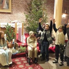 Jasełka bożonarodzeniowe w kościele